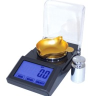 Lyman Micro Touch 1500 Electronic Powder Scale 1500 Grain Capacity 115 Volt